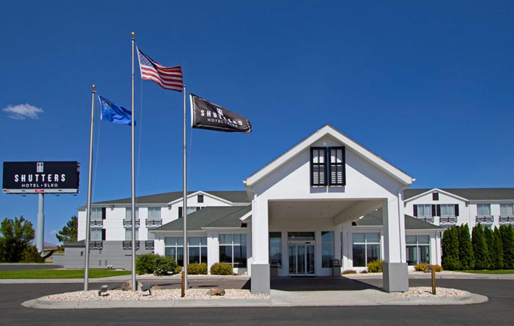 Elko Nv Hotels Shuttershotel Frontentrance
